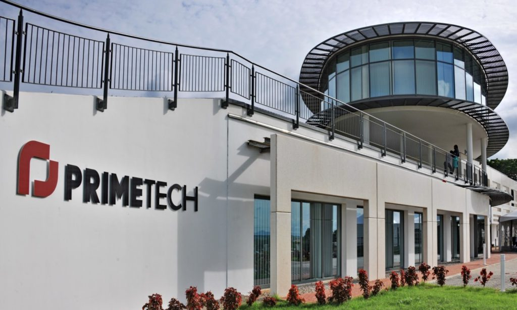 PrimeTech Design and Engineering office in Abuja, Nigeria, demonstrates good daylight and thermal comfort with high performance glazing and external shading.